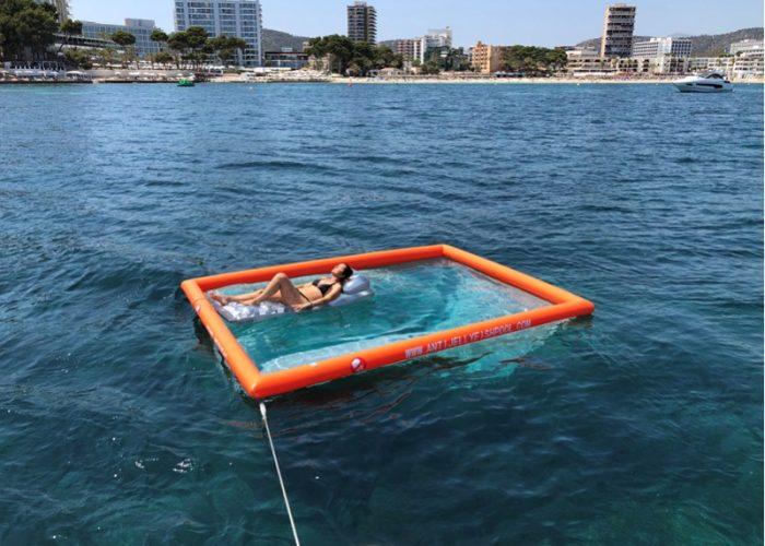 Piscina di protezione per meduse per barche