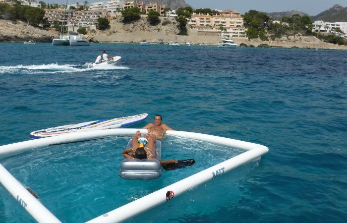 piscina anti medusas personalizada